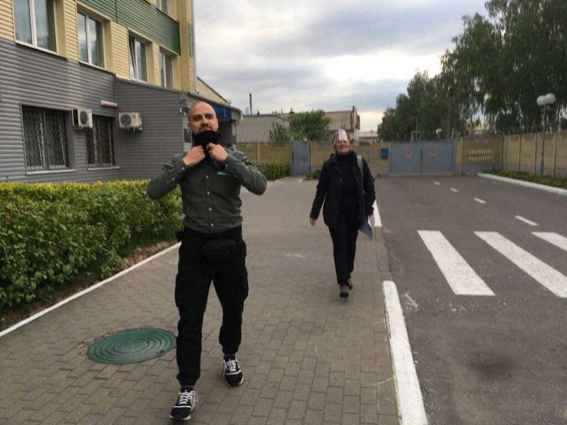 Сяргей Кавалёў і Галіна Абакунчык пасля затрымання. Фота: