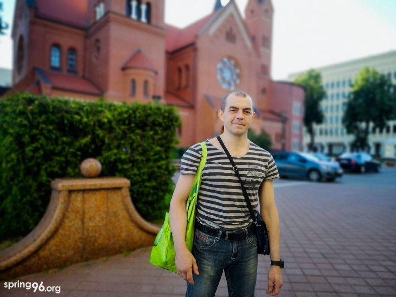 Палітвязень Васіль Баброўскі пасля вызвалення. Фота: spring96.org