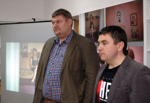 """Фотовыставка """"Высшая мера"""": Сергей Балай и Андрей Полуда."""