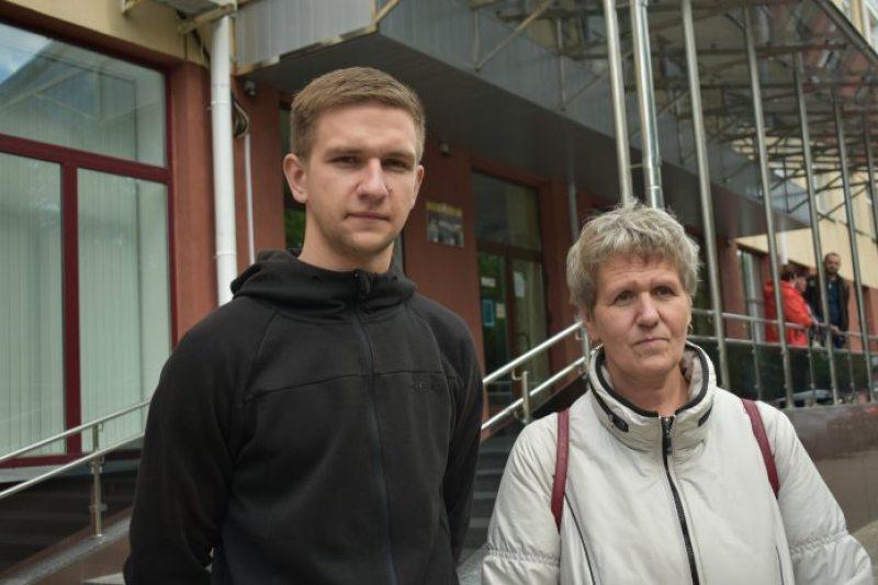 Дмитрий Каневский вместе с матерью Татьяной Каневской. Фото: Народня воля