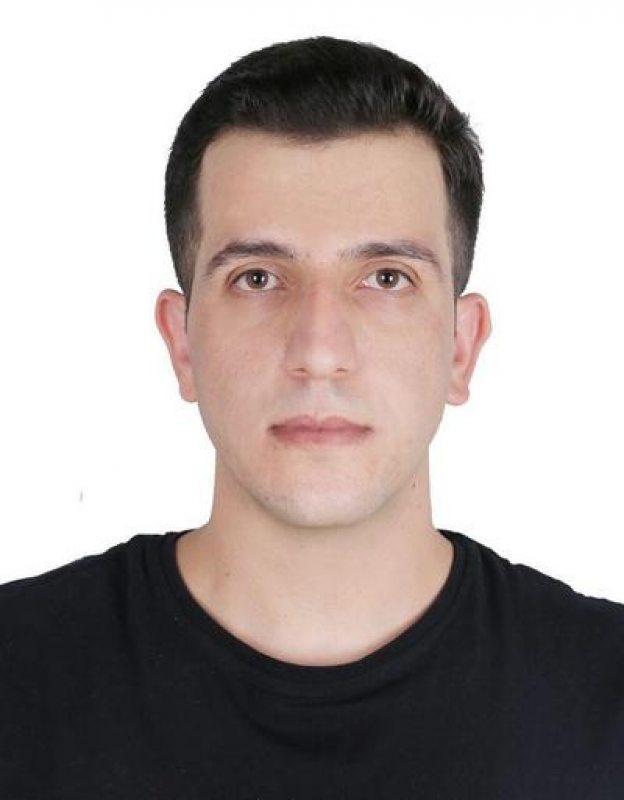 Грамадзянін Турцыі, курд Хіджры Мамаш