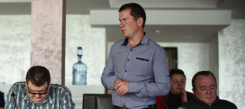 Алег Граблеўскі падчас круглага стала па тэме працаўладкавання людзей з інваліднасцю. Фота з sbt-consult.by