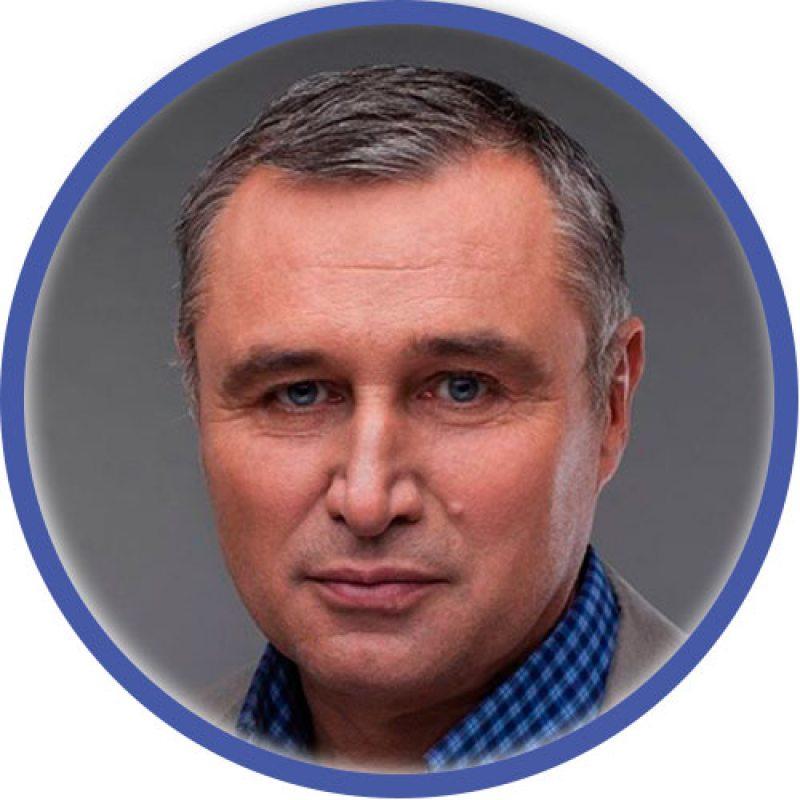 Павел Левінаў