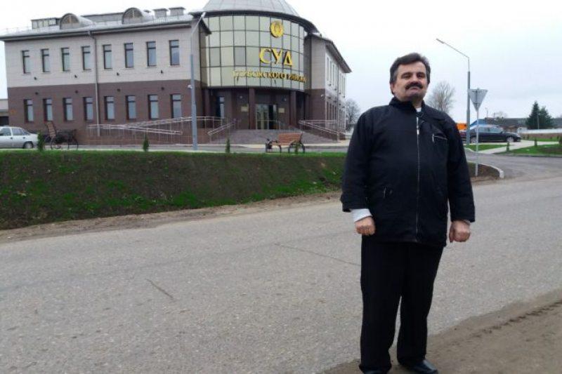 Belsat reporter Dzmitry Lupach