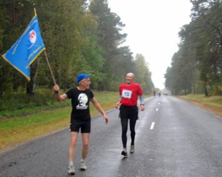 Уладзімір Малей падчас 28-га Міжнароднага марафонскага забегу