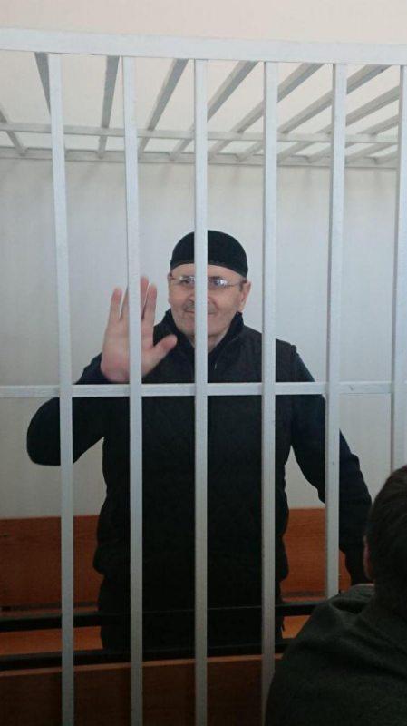 Аюб Ціціеў у залі суда. Фота ПЦ