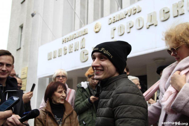 Дзмітрый Паліенка вызвалены ў залі суда