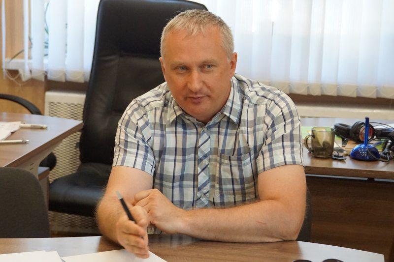 Юрыст Павел Сапелка.