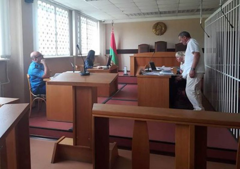 У судовай залі пад час перапынку на судзе па справе прафсаюзаў.