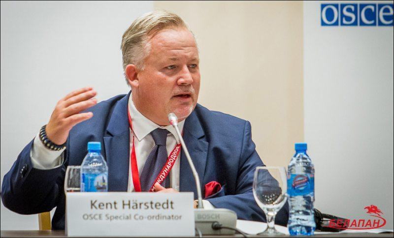 Кент Харстед, глава миссии краткосрочных наблюдателей БДИПЧ ОБСЕ. Фото Сергея Сацюка