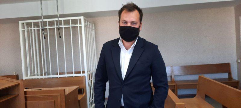 Константин Придыбайло в суде. Фото: @lgbelarussegodnya