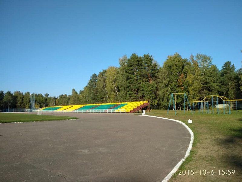 pusty_stadion_svetlagorsk.jpg