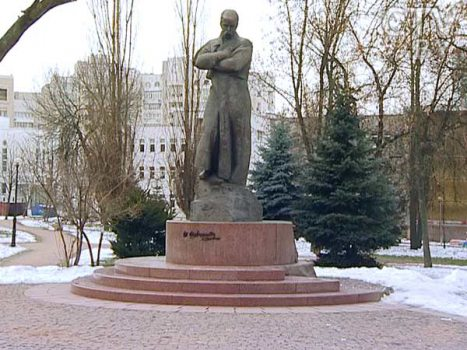 Monument to Taras Shevchenko near the Embassy of Ukraine in Minsk