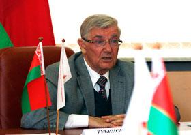Старшыня Савета Рэспублікі Анатоль Рубінаў