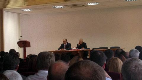 На фота: злева Іван Галаваты, справа - Аляксандр Гарбачоў