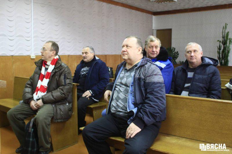Суд над Віктарам Сазонавым у Свіслачы. Фота: ПЦ