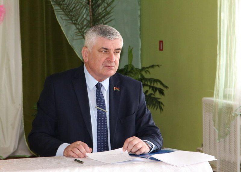 Валянцін Семяняка