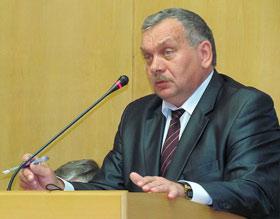 Начальник управления организационно-кадровой работы Могилевского облисполкома Александр Сиваев