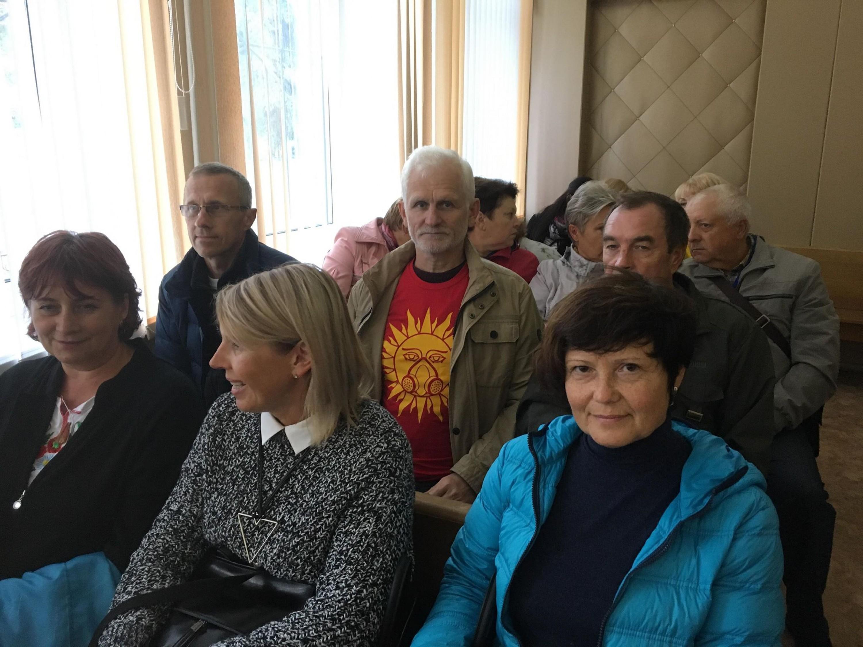 "У судзе над Аленай Маслюковай. Фота: ПЦ ""Вясна""."