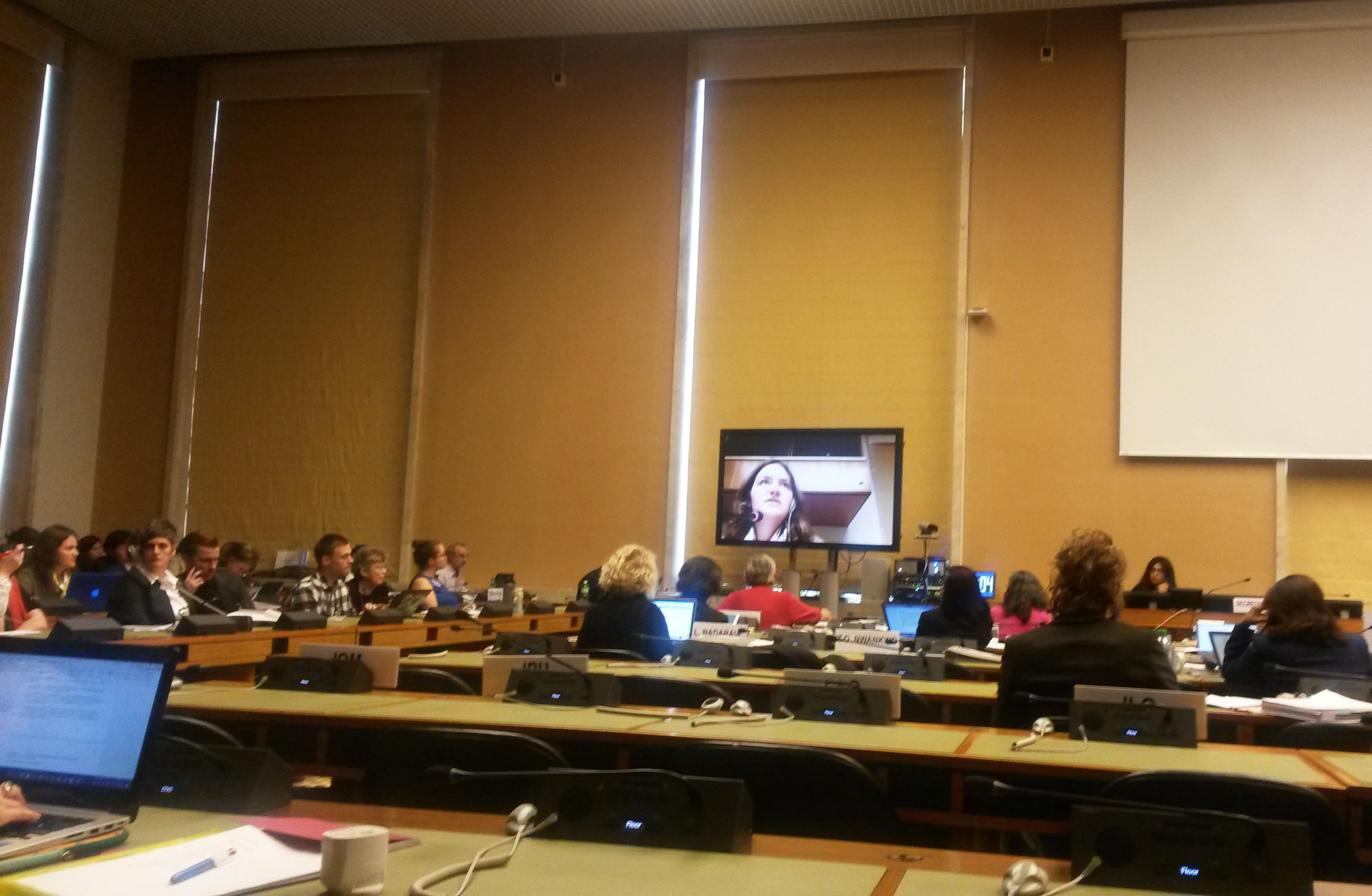 Hanna Baranouskaya speaking on behalf of a coalition of Belarusian NGOs at an event in the UN Geneva office