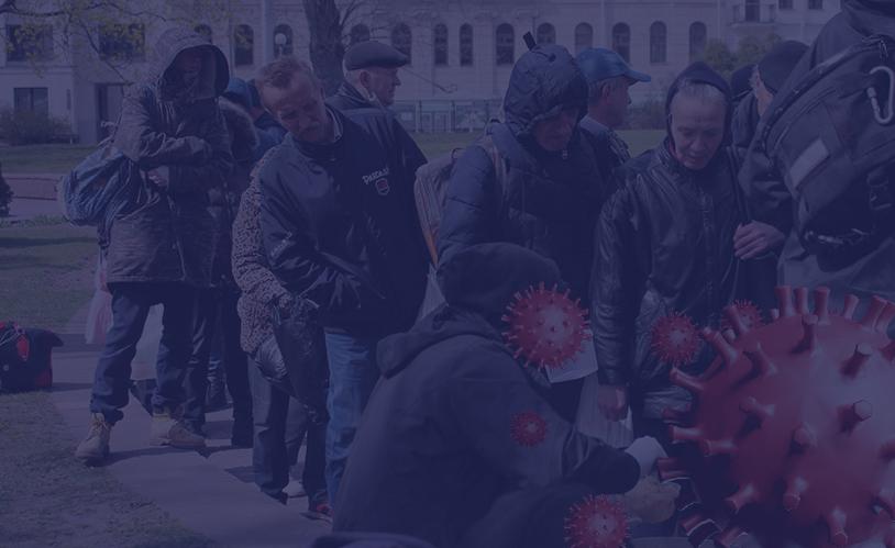 """Бяздомныя ў Мінску на раздачы ежы ініцыятывай """"Ежа замест бомбаў"""""""