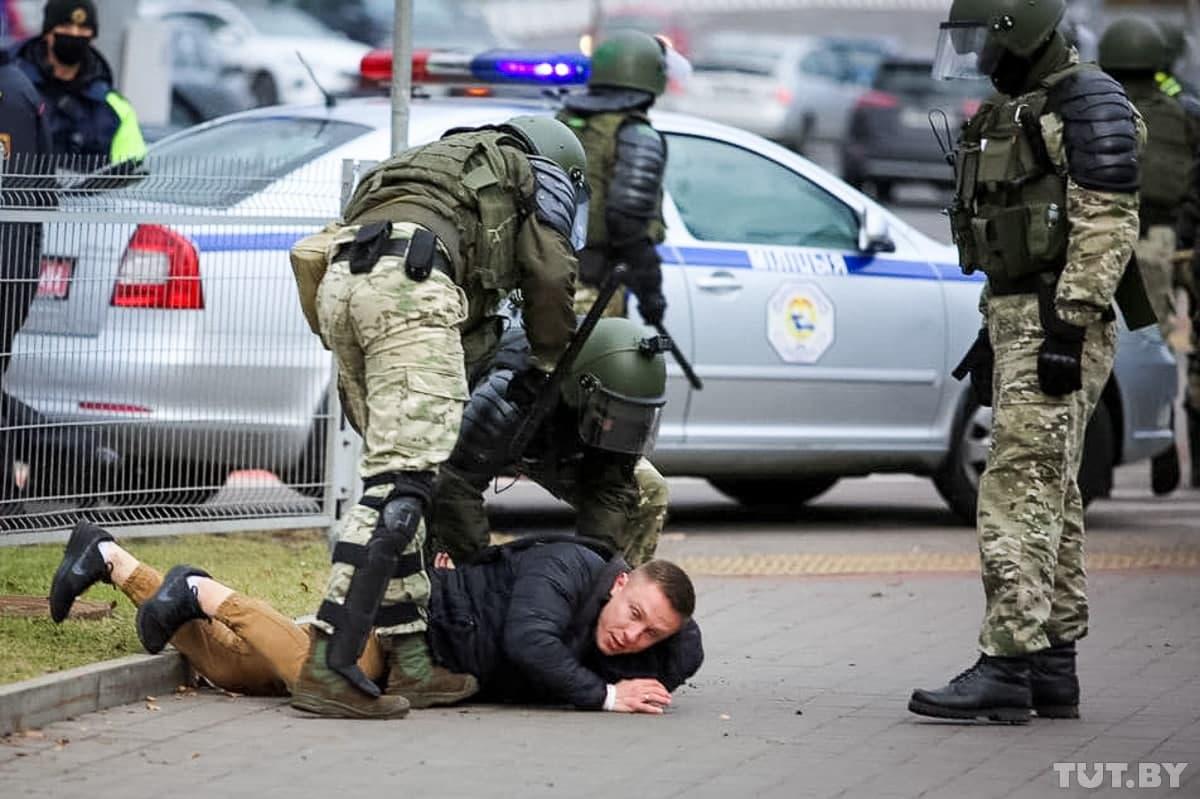Затрыманне ў Мінску 1 лістапада, фота TUT.BY