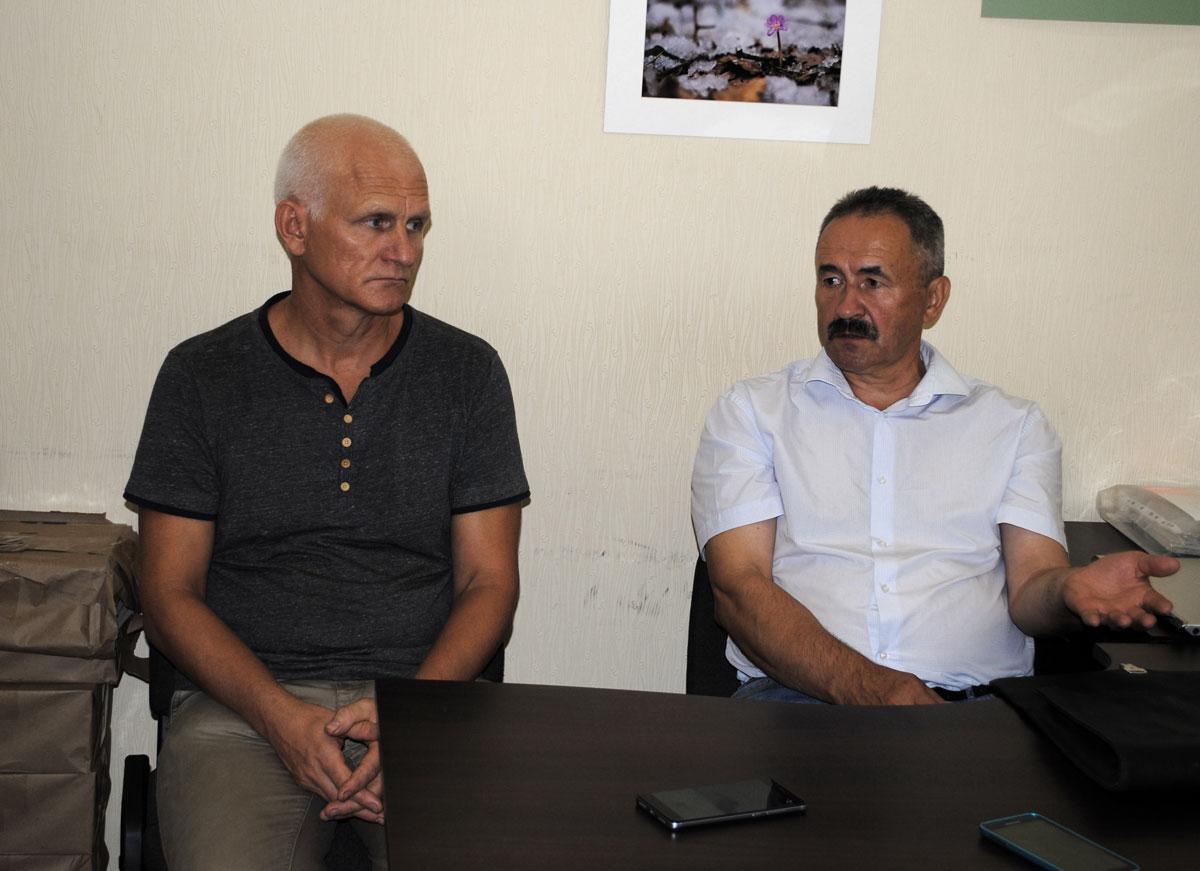 Алесь Беляцкий и Геннадий Федынич отвечают на вопросы журналистов 3 июля 2017 года.