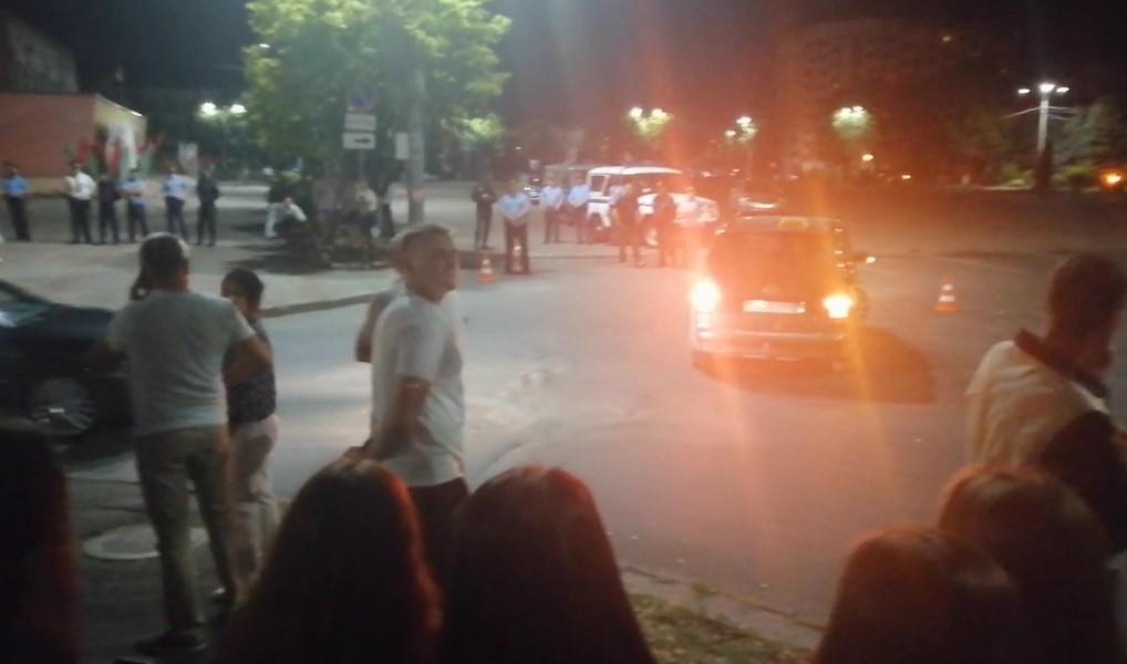 Калінкавічы, 10 жніўня 2020 года, цэнтральная плошча каля вуліцы Фрунзэ.
