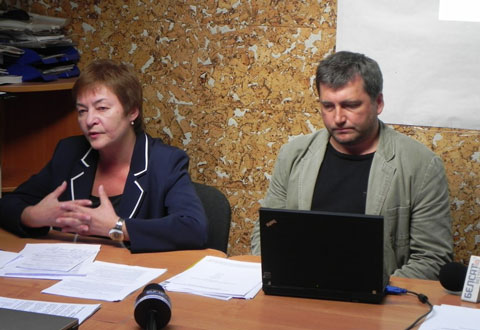 The head of the Belarusian Association of Journalists Zhana Litvina and her deputy Andrei Bastunets