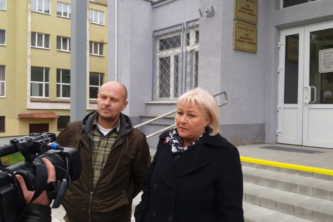 Зміцер Краўчук і Любоў Лунева. Фота: belsat.eu