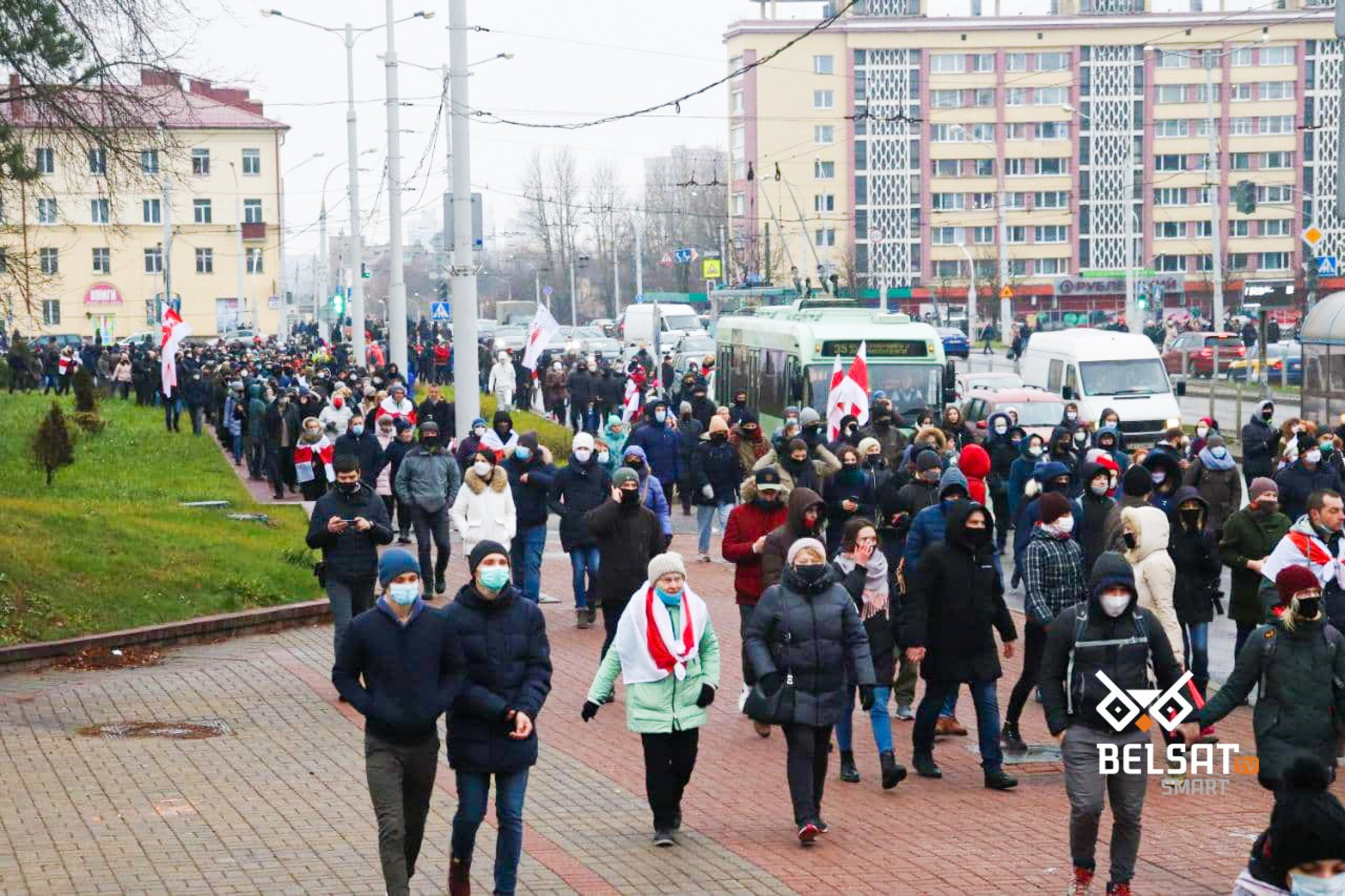 People demonstrate during the March of Neighbors on November 29 in Minsk. Photo: belsat.eu