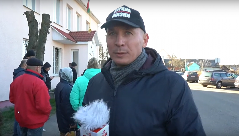 """Уладзімір Няронскі, скрыншот з каналу """"Страна для жизни"""""""