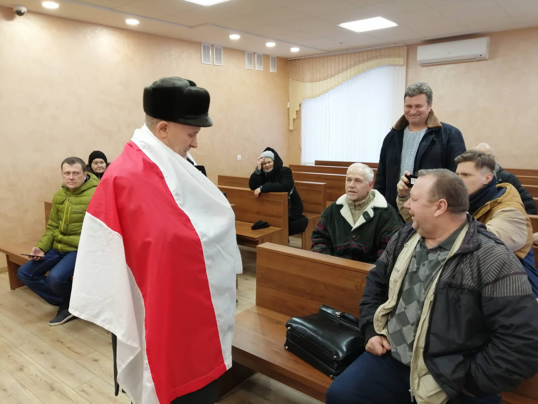 """Мікалай Салянік у судзе. Фота: """"Гарадзенская Вясна""""."""