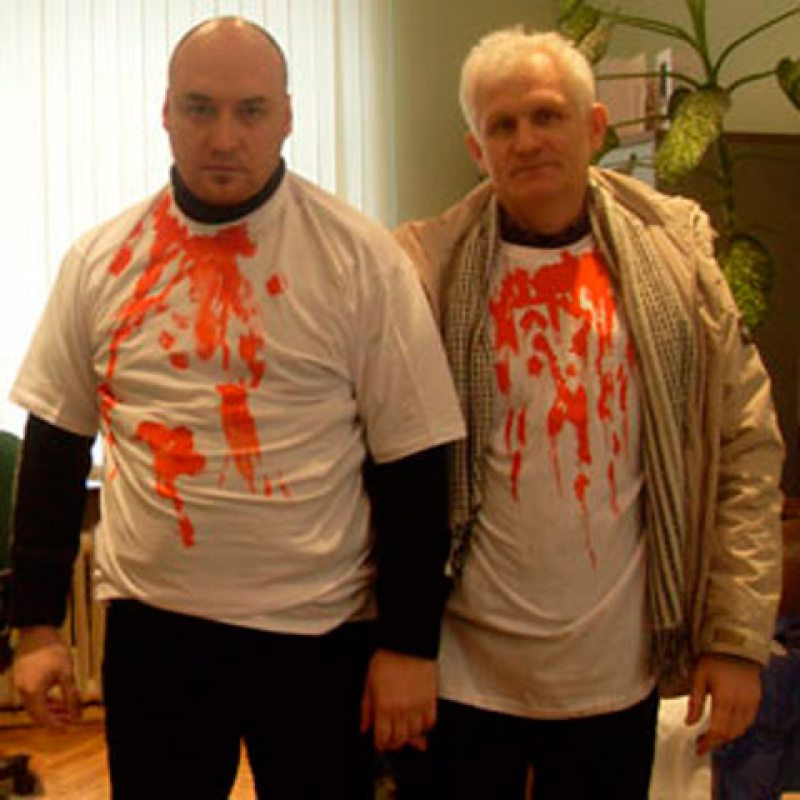 Праваабаронцы Стэфановіч і Бяляцкі перад акцыяй супраць смяротнага пакарання ў 2010 годзе