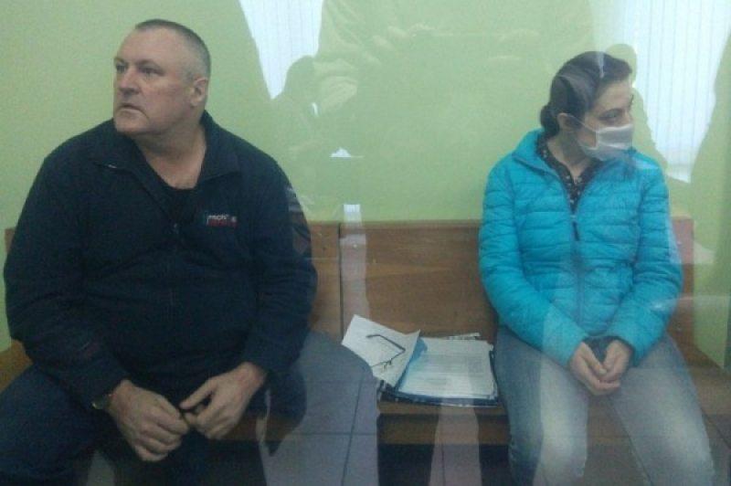 Леанід Судаленка і Таццяна Ласіца ў судзе. Фота