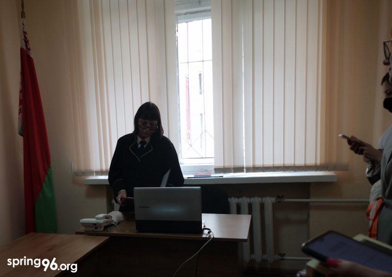 Судья Федорова выносит очередное решение