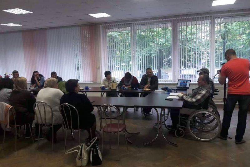 Працоўная сустрэча па праблемах людзей з абмежаванымі магчымасцямі ў Светлагорску 14 чэрвеня 2017 года.
