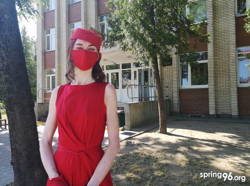 Татьяна Кашко возле здания суда