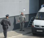 Baranavičy: Opposition activist fired over wearing prison uniform at work