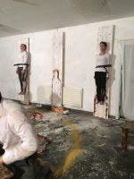 """Сцэна са спектакля Беларускага свабоднага тэатра """"Пякельная кухня"""""""