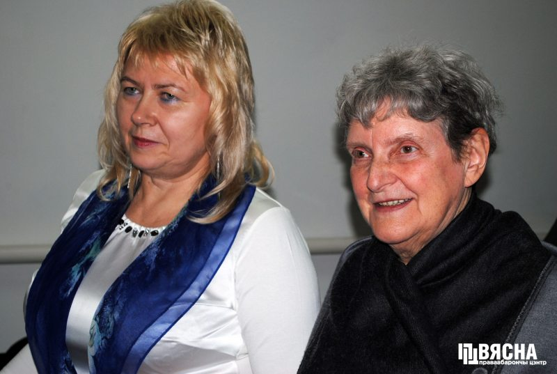 Lawyer Marina Dubrovina and Svetlana Gannushkina, chair of Civic Assistance, at the Oyub Titiev trial