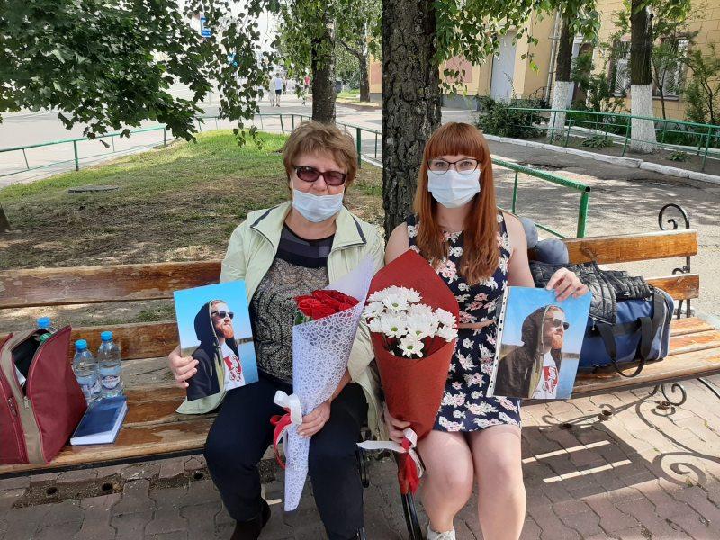 Ольга Фурманова и Ольга Корякина. Фото: Волонтерская служба Весны