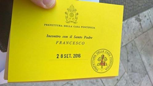 Приглашение на аудиенцию к Папей Римскому Франциску. Фото из личного архива Тамары Чикуновой