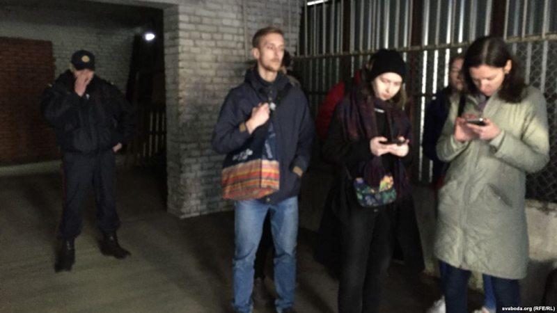 Затрыманне на офісе партыі па Фабрыцыуса, 4, у Мінску.
