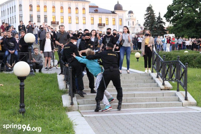 Police detain protester in central Minsk. July 14, 2020